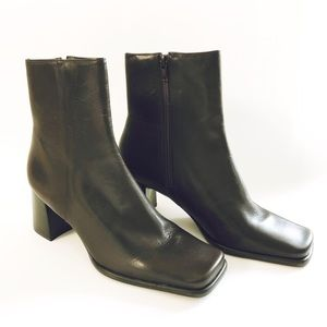 Nine West Brown Leather Boots Size 7.5